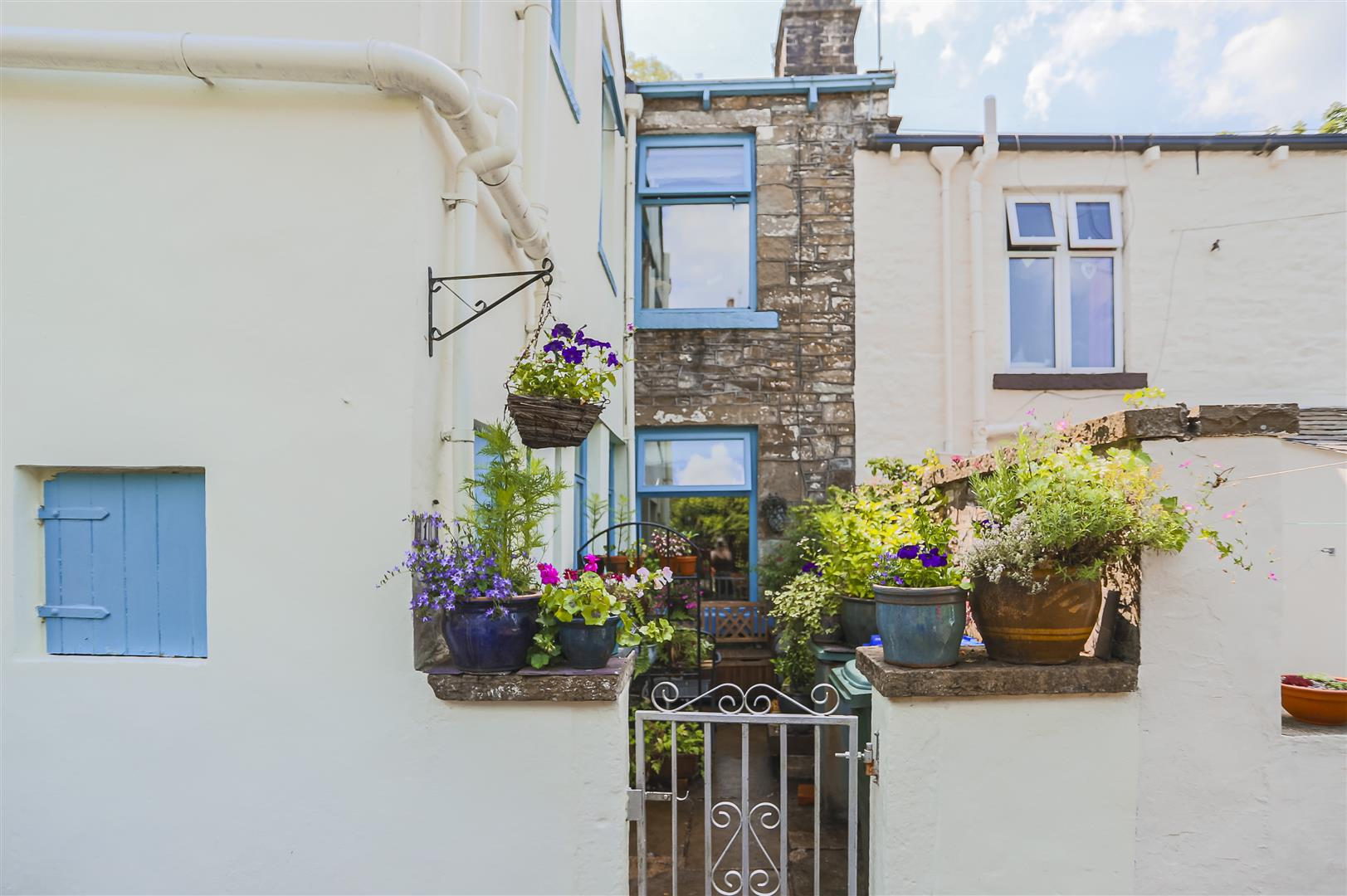3 Bedroom Terraced House For Sale - Image 19